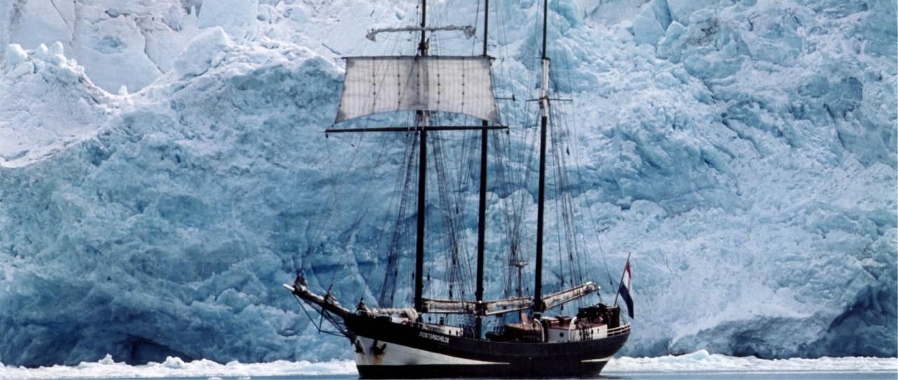 Oosterschelde-windseeker-adventure-journey-tall-ship-races-sail-training-on-board-adventure-antarctica