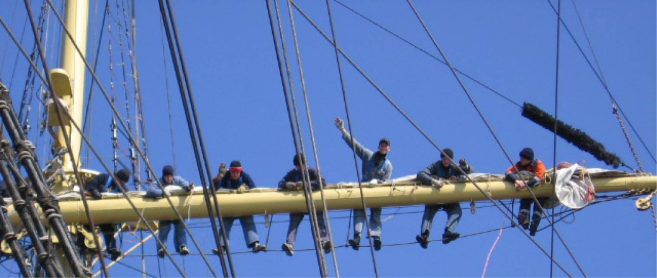Mir-windseeker-adventure-journey-tall-ship-races-sail-training-on-board-adventure-trainees-climbing