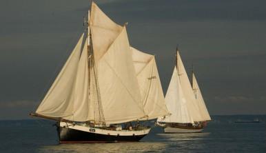 Tecla-sailtraining-experience-sailing-windseeker