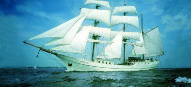 Tall Ship Artemis Sailing