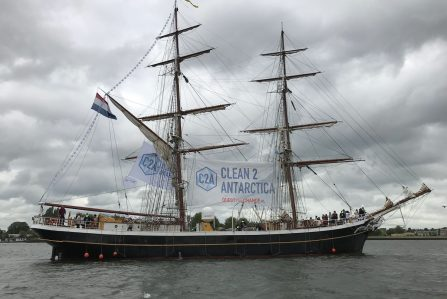 Picture of Morgenster leaving Amsterdam for Clean2Antarctica project